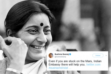 These Tweets by Sushma Swaraj Prove She Was a Rockstar and Also Mother to Indians Stranded Abroad